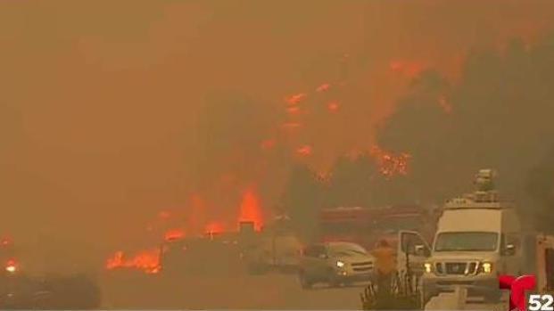 Los Ángeles: incendio sin precedentes arrasa cientos de casas