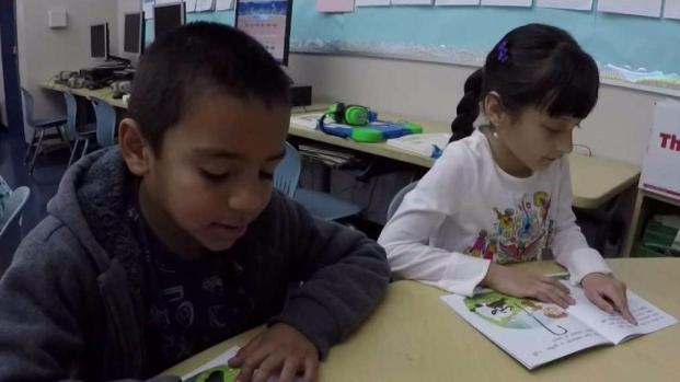 Programa forma niños bilingües
