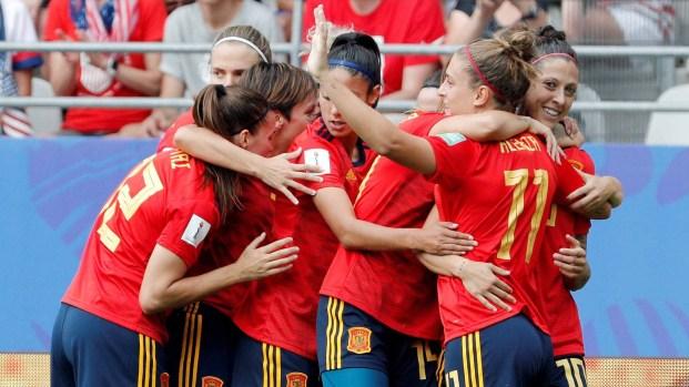 [TLMD - LV] Golazo de Hermoso da el empate a España