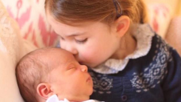 Familia real: revelan nuevas fotos del príncipe Louis