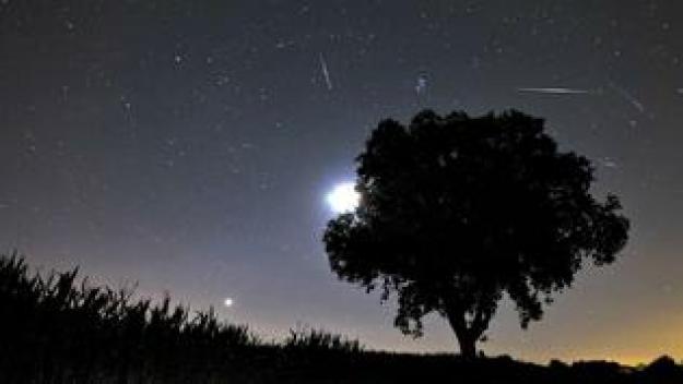 Lluvia de meteoros dará singular espectáculo nocturno