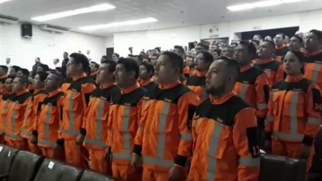 108 personas se gradúan de rescatistas