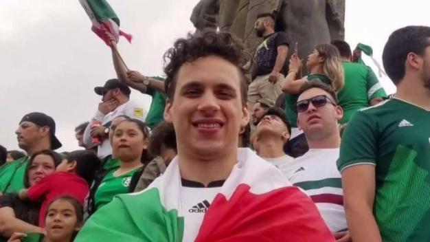Alemán ama a México aunque quemaron su bandera