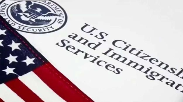 Aparecen más casos en fraude por abogada de inmigración
