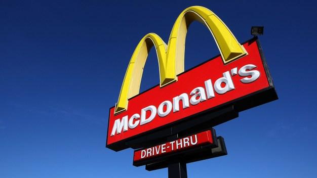 Trabajadores de McDonald's participarán en huelga