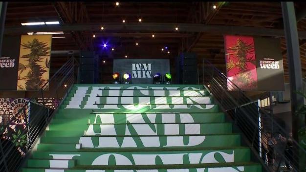 Inauguran museo de la marihuana en Hollywood