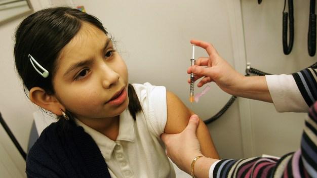 Piden a guarderías de LA reportar cifras de niños vacunados