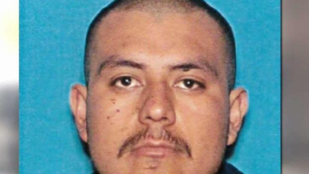 Hombre arrestado por matar a su esposa en Santa Ana