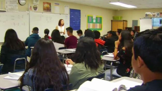 Programa ayuda a estudiantes llegar a la universidad