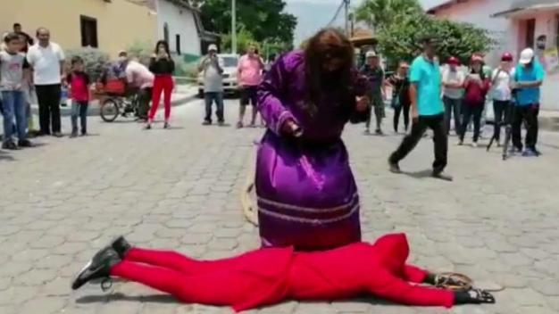 Tradición de hombres endemoniados en El Salvador