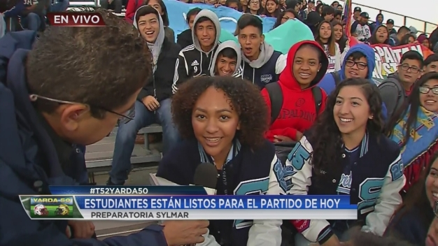 Video: T52 y Yarda 50 visitan la escuela Sylmar