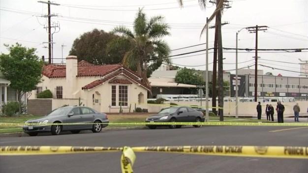 Acusan a mujer por triple homicidio en Leimert Park
