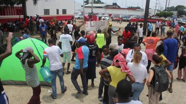 """Tapachula, """"ciudad cárcel"""": migrantes denuncian redadas"""
