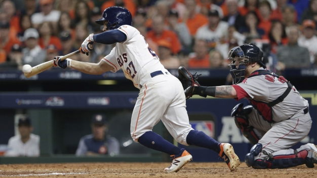 Astros buscan evitar la eliminación tras derrota 6-8