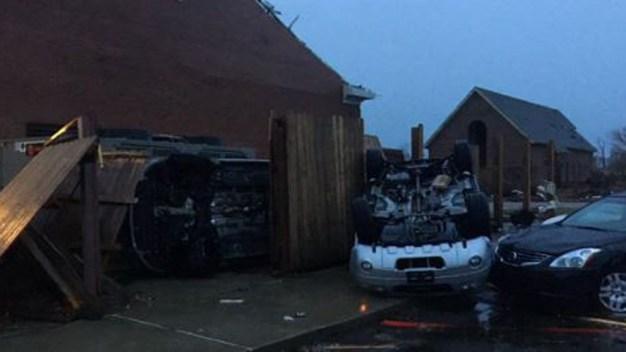 Tornado deja al menos cuatro muertos en Mississippi