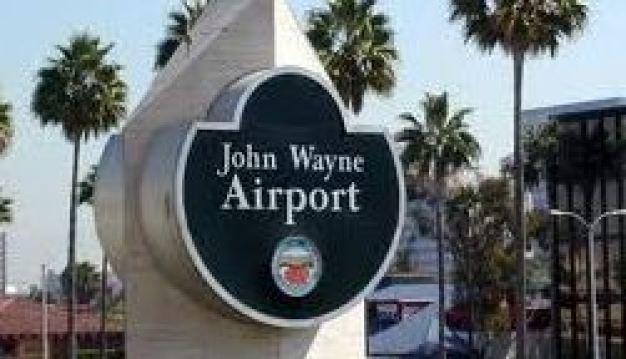 Muere una persona en aeropuerto de Santa Ana