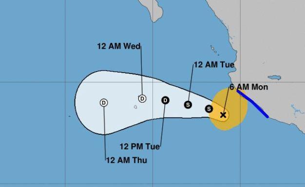 Xavier se aleja de México pero siguen las fuertes lluvias