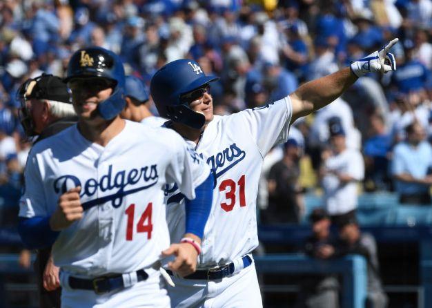 Dodgers se refuerzan para buscar un título de Serie Mundial