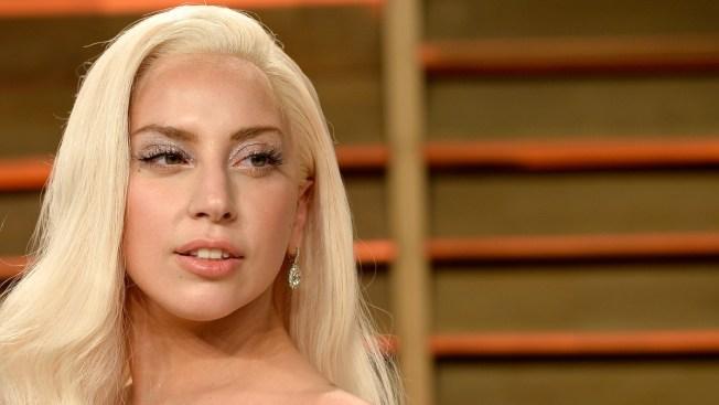 "Lady Gaga pinta su piscina con ""sangre"""