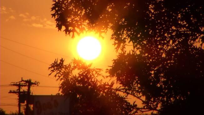 Clima cálido y peligros de incendio en sur de California