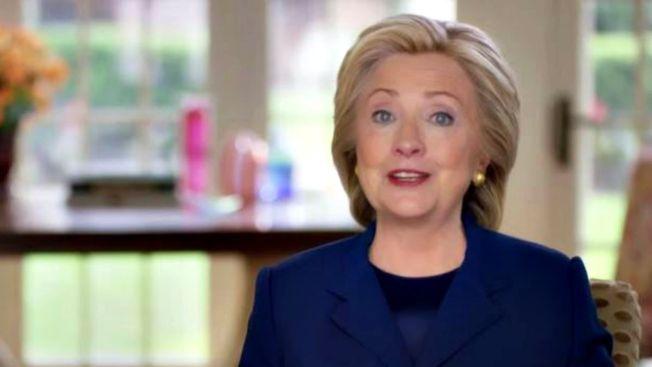 Clinton lanza primeros anuncios de campaña