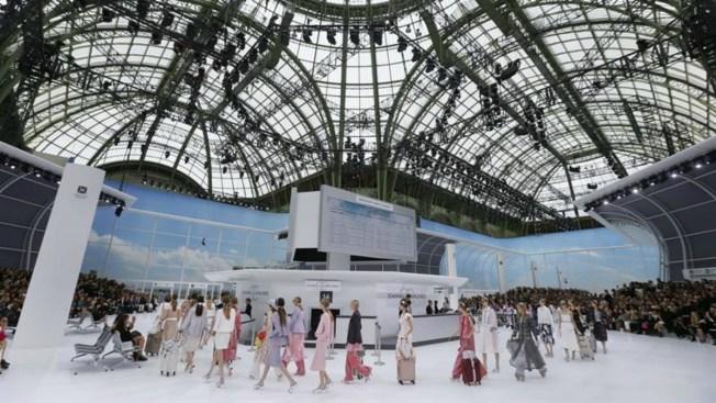 Chanel crea aeropuerto de lujo para desfile