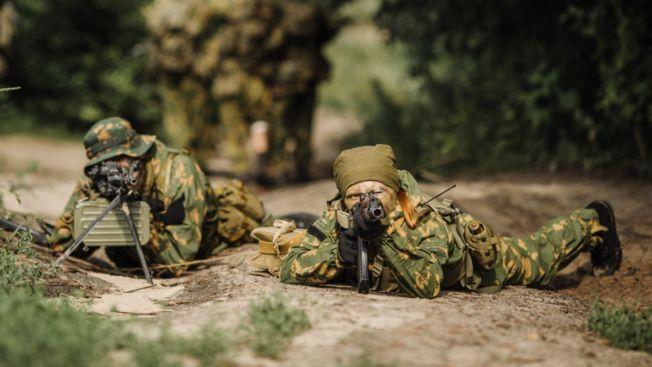 Dos mujeres hacen historia en élite del ejército
