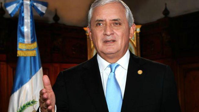 Retiran inmunidad a presidente de Guatemala