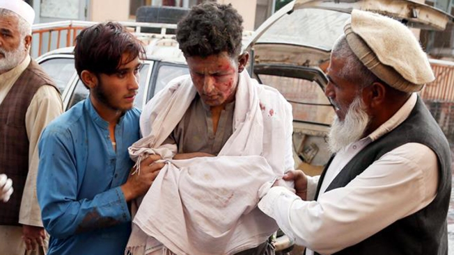 Ataque con morteros en una mezquita deja al menos 62 muertos en Afganistán