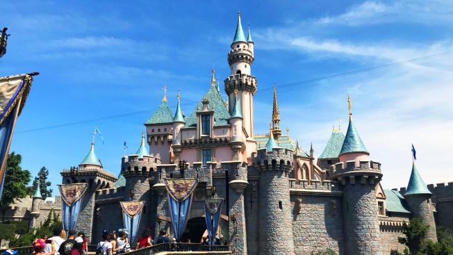 Disneyland celebra el 2019 con oferta de boletos