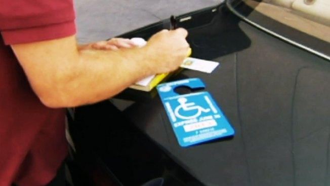Alertan de permisos falsos para discapacitados