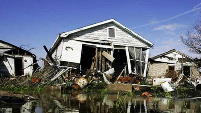 Los huracanes categoría cinco que han azotado el mundo