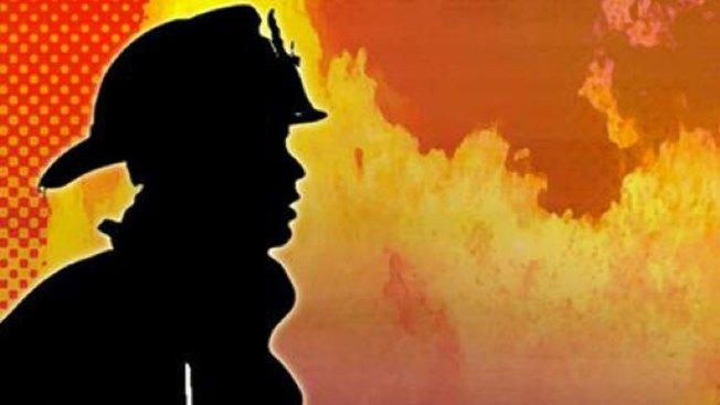 Se intensifica voraz incendio en CA