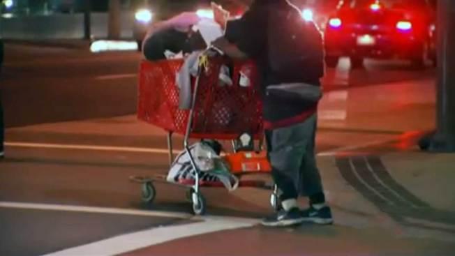 Preocupa el aumento de indigentes en L.A.