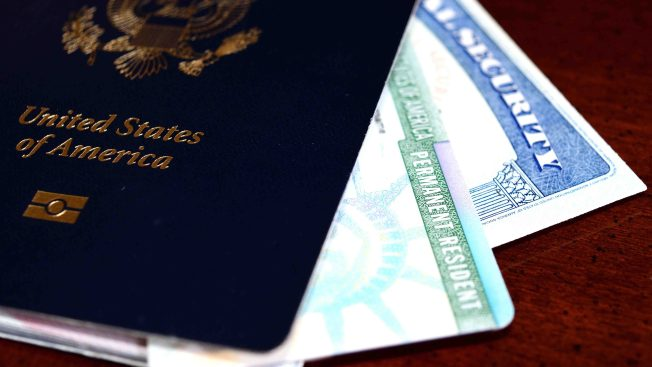 EEUU acelera plan para acabar la inmigración de familiares