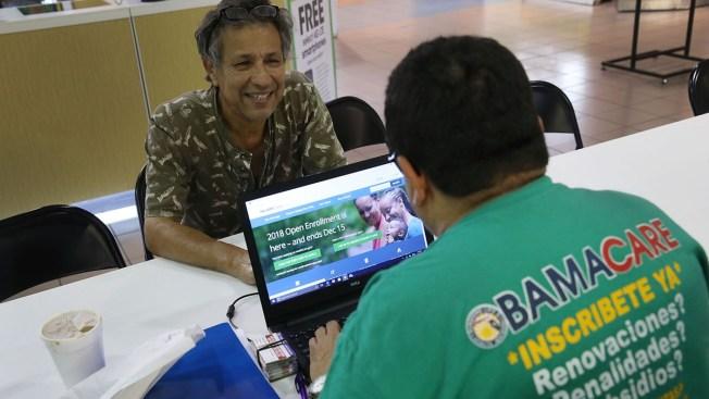 Por qué menos hispanos se inscriben en planes de salud