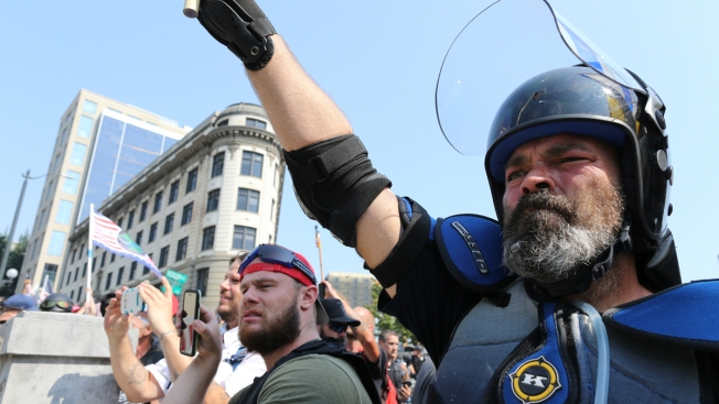 Acceso a las armas: marcha genera tensión en ambos bandos