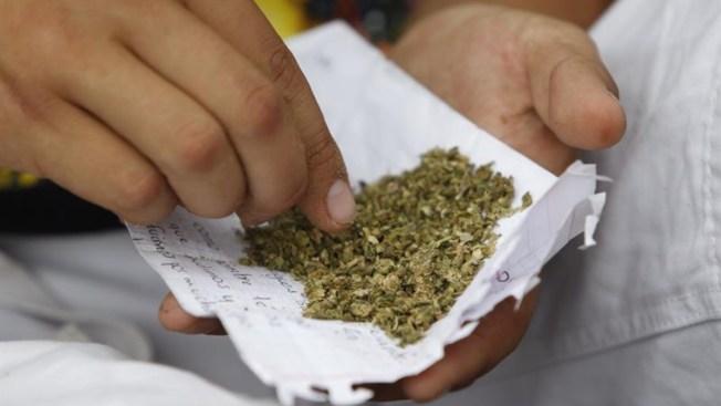 Corte abre la puerta al uso lúdico de la marihuana