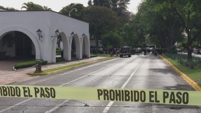 Asesina a su esposa frente a sede de Gobierno