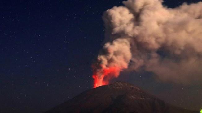 Temido volcán aumenta su emisión de fragmentos