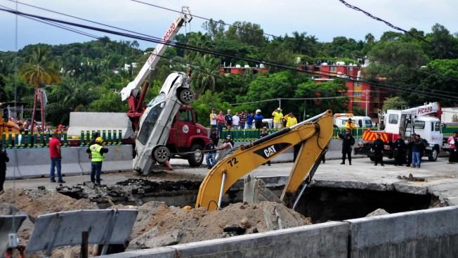 SCT confirma muerte de dos personas que cayeron en socavón