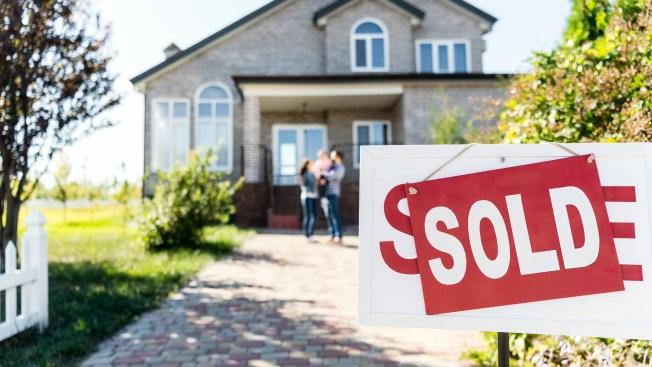 Reporte: crece venta de casas en EEUU por préstamos más bajos