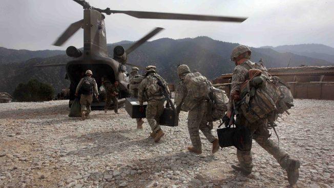 Tras salida de Siria, EEUU replegará tropas en Afganistán