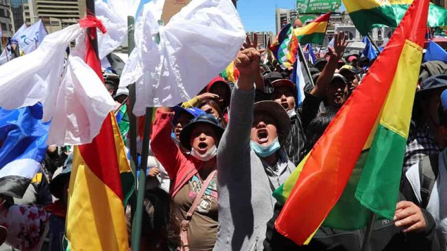 Qué origina las duras protestas en Latinoamérica y el Caribe