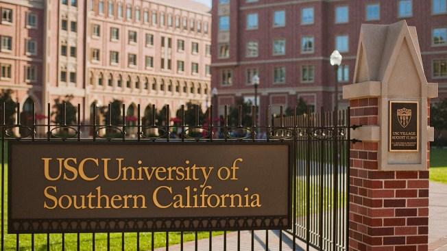 Casi 100 mujeres acusan a exmédico universitario de abuso sexual