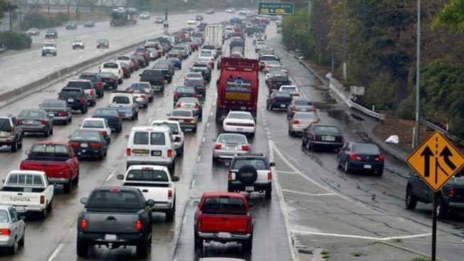 Temen caos en la autopista 5