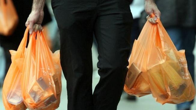 Ratifican prohibición a bolsas de plástico