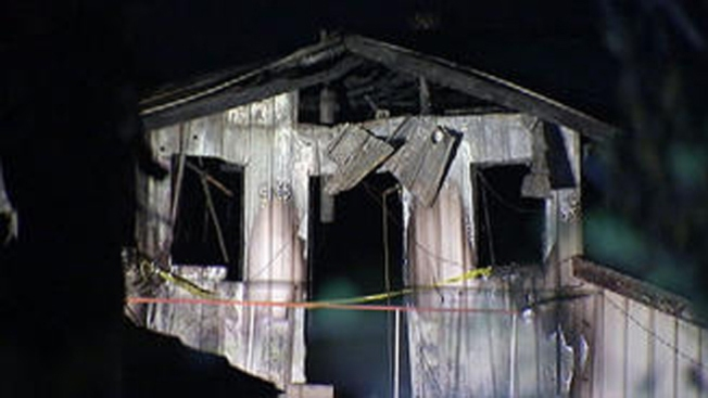 Mueren padre y dos hijos tras incendio