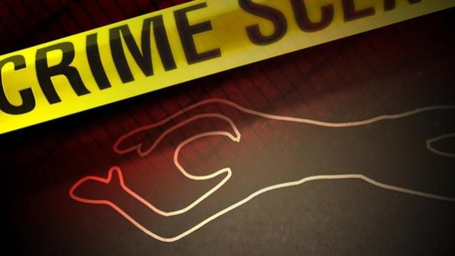 Cadáver aparece en una escuela