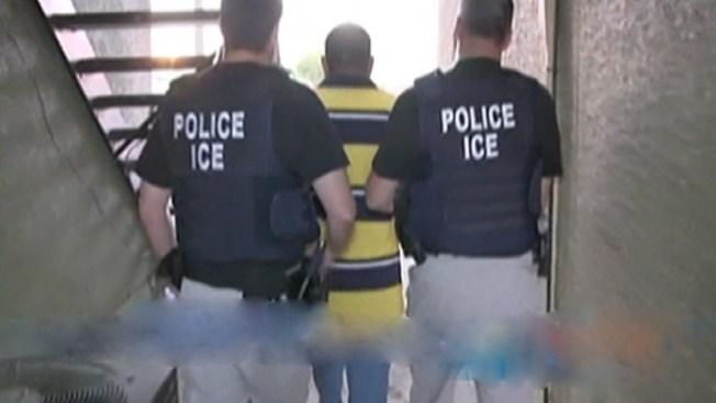 Se desata polémica por deportaciones